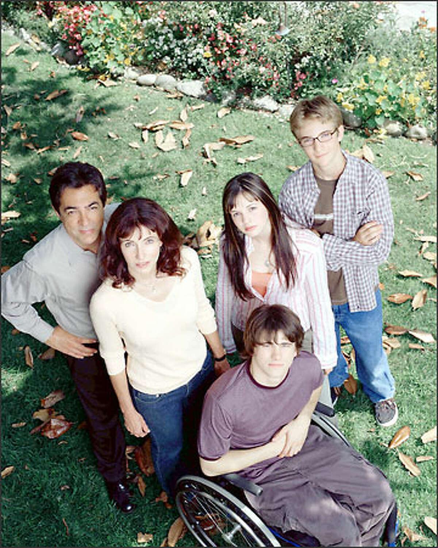 "From left, Joe Mantegna, Mary Steenburgen, Jason Ritter, Amber Tamblyn and Michael Welch star in ""Joan of Arcadia."""