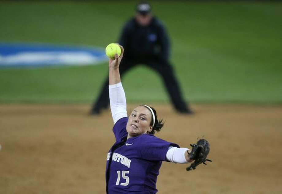 University of Washington star Danielle Lawrie pitches against the University of Oklahoma during the third in a series of games in the NCAA Super Regionals on Friday May 28, 2010 at Husky Stadium. The Huskies defeated the Sooners 4-0 to advance to the NCAA championship round. Photo: Joshua Trujillo, Seattlepi.com