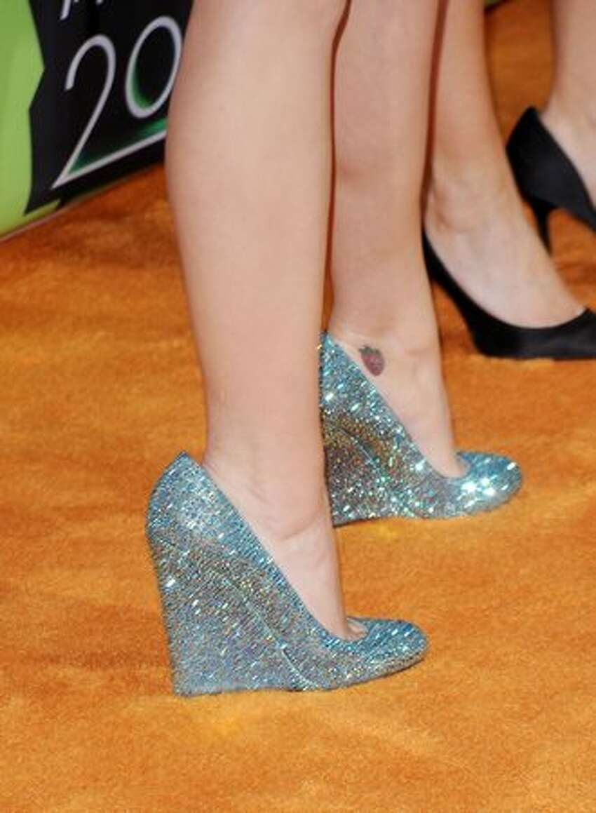 Singer Katy Perry (shoe detail) arrives at Nickelodeon's 23rd Annual Kids' Choice Awards held at UCLA's Pauley Pavilion on March 27, 2010 in Los Angeles, California.