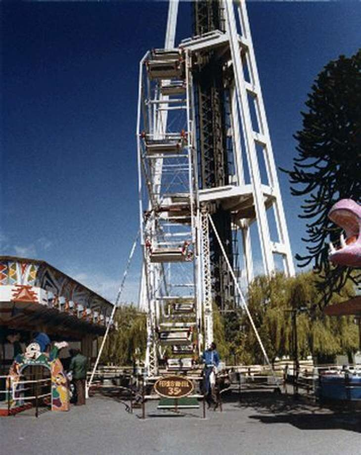 The Fun Forest Ferris wheel, circa 1970. (Seattle Municipal Archives/73195) Photo: P-I File
