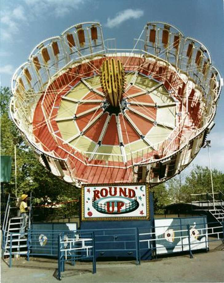 The Round Up ride at the Fun Forest, circa 1970. (Seattle Municipal Archives/73182) Photo: P-I File