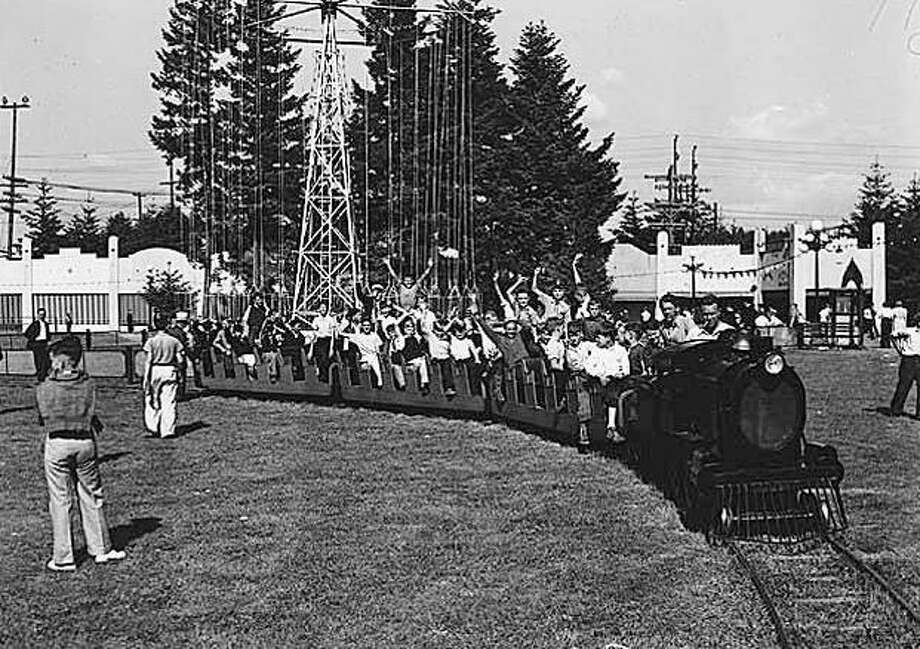 Seattle Junior Safety Patrol members at Playland, 1940. (Seattlepi.com file/MOHAI collection) Photo: P-I File