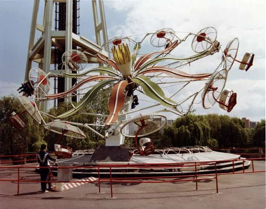The Paratrooper ride at the Fun Forest, circa 1970. (Seattle Municipal Archives/73194) Photo: P-I File