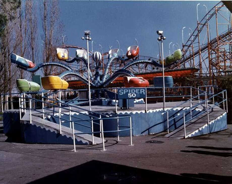 The Spider ride at the Fun Forest, circa 1970. (Seattle Municipal Archives/73198) Photo: P-I File