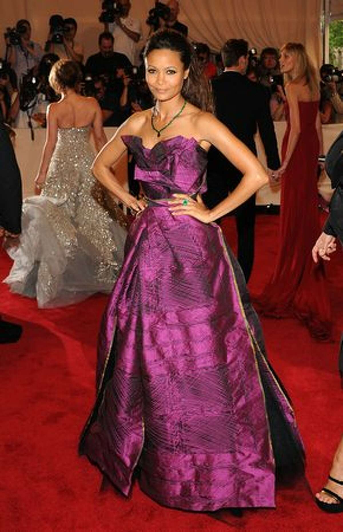 Actress Thandie Newton takes a dare in a Vivienne Westwood gown and pulls it off. This is not a color that works for many, but whoever chose it for her knew what they were doing.