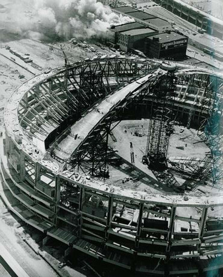 Kingdome construction, July 25, 1974. Photo: P-I File
