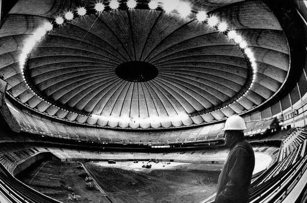 Kingdome construction, Dec. 1, 1975. Photo: P-I File