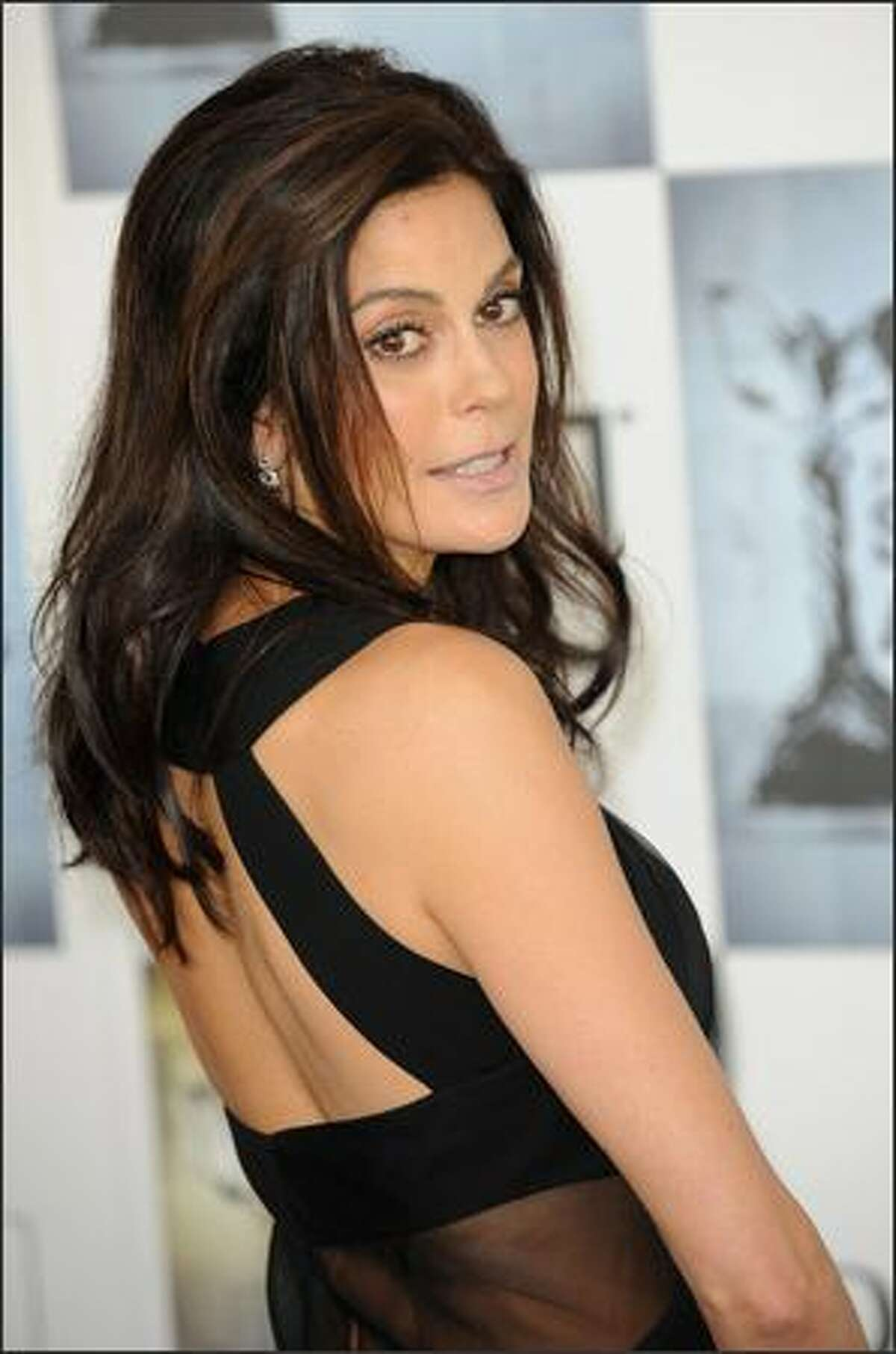 Teri Hatcher, 49ers Cheerleader - San Francisco Bay Area native Terri Hatcher was a 49ers cheerleader in 1984 prior to playing the role of Lois Lane and our favorite desperate housewife.