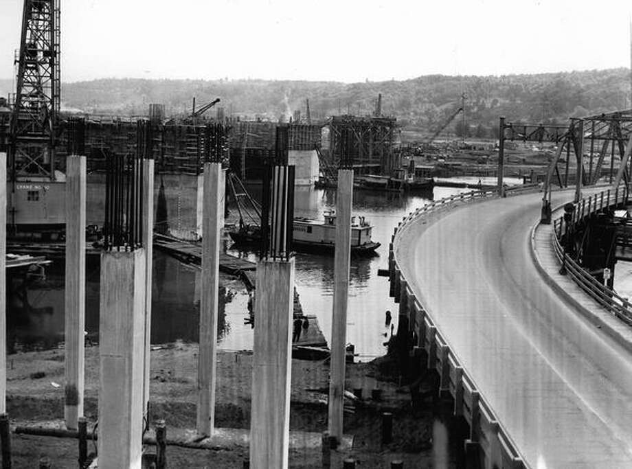 Construction of the First Avenue South Bridge, June 3, 1955. Photo: P-I File