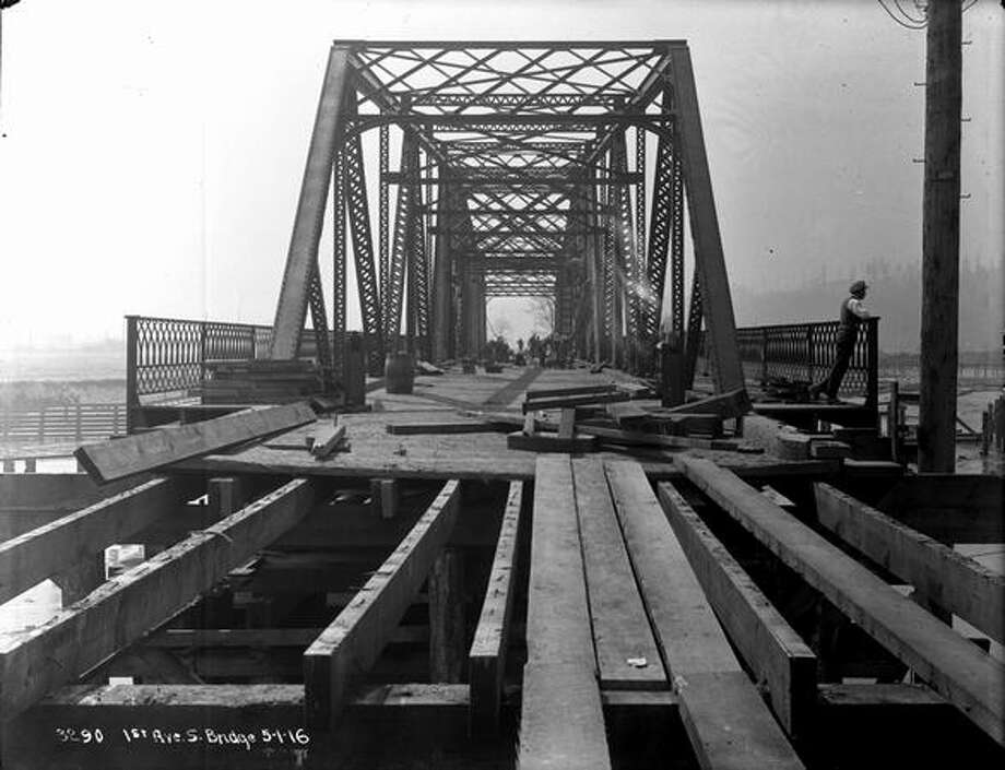 The old First Avenue South Bridge, May 1, 1916. (Seattle Municipal Archives) Photo: P-I File