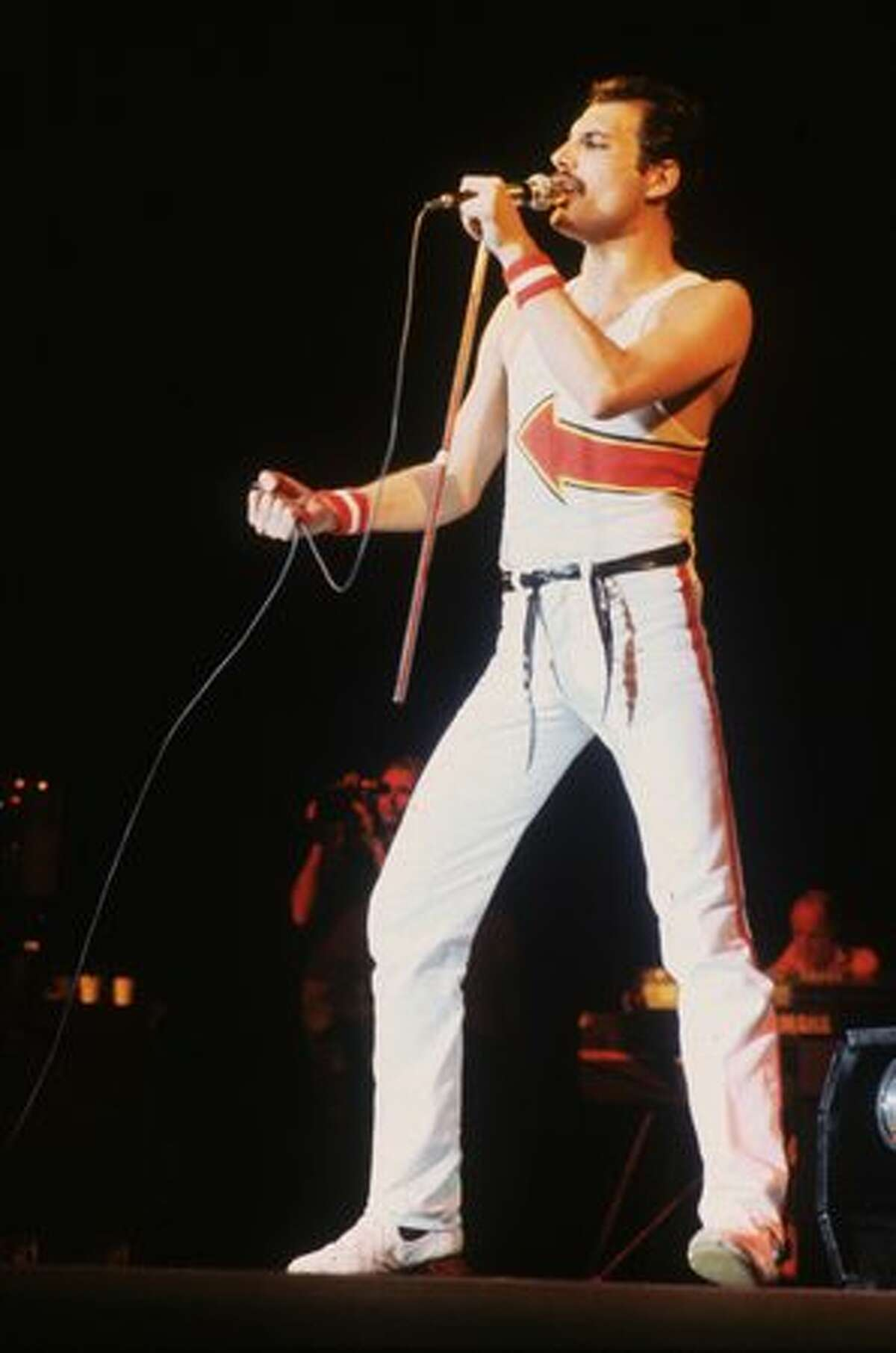 Here are our picks for the 50 best rock singers of all time (in no particular order). Agree or disagree? Share your comments. Freddie Mercury (1946-1991): A British musician who is best known as the lead vocalist and songwriter of the rock band Queen. Hear a sample and shop at Amazon: Lover Of Life, Singer Of Songs: The Very Best Of Freddie Mercury Solo (2CD) (Photo by Hulton Archive/Getty Images)