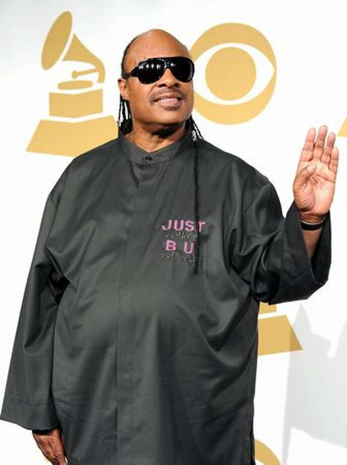 Musician Stevie Wonder poses in the press room. Photo: Getty Images