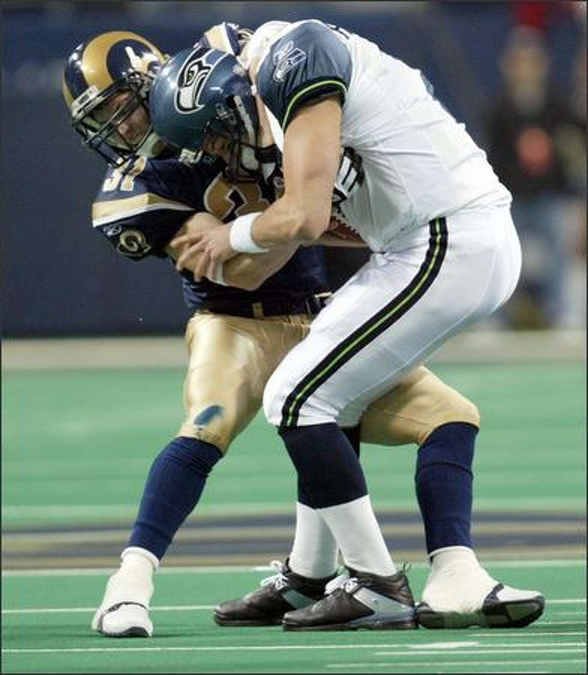 Adam Archuleta's third-down sack of Matt Hasselbeck took the Seahawks out of field goal range in the second quarter.