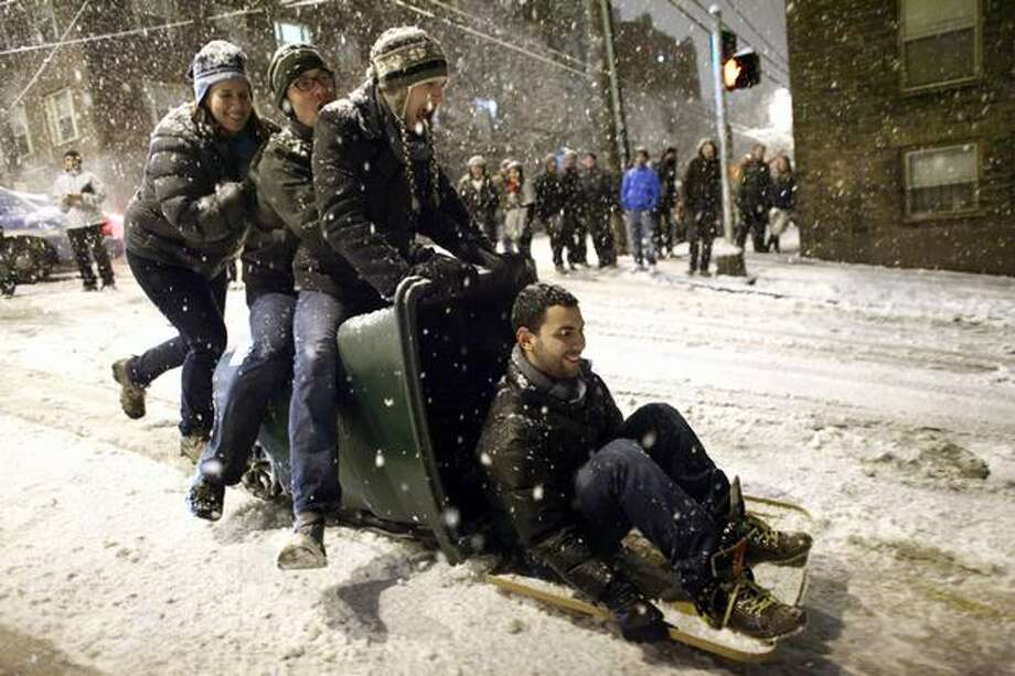 There's a chance of snow showers in Seattle this weekend, but it probably won't be enough for bin sledding. Photo: Joshua Trujillo, Seattlepi.com