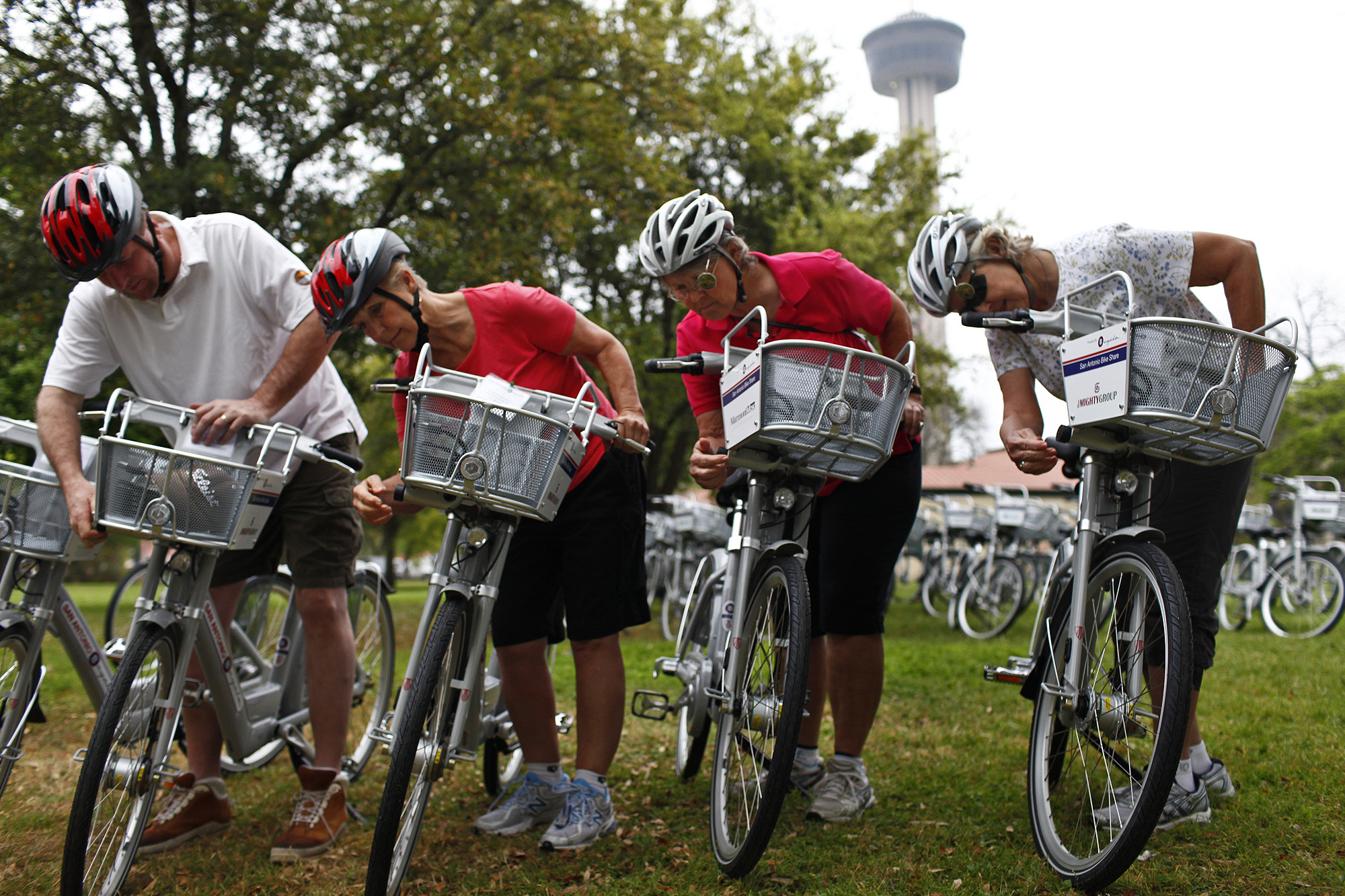 Bicycle sharing launched in S A  - San Antonio Express-News