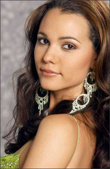 Miss Universe (2004) -- Portraits - seattlepi.com