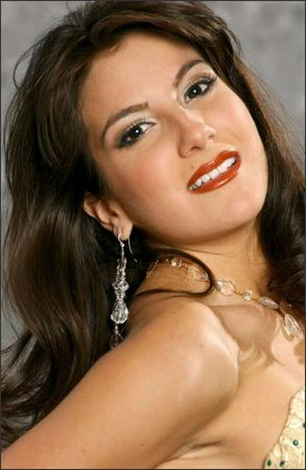 Miss Universe (2004) -- Portraits