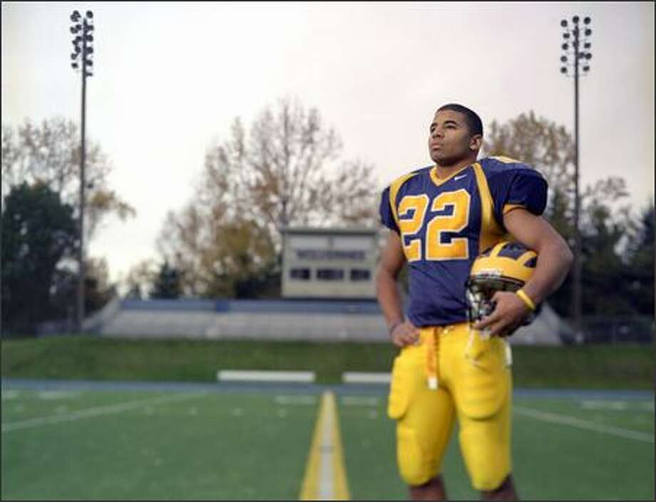 Football (defense) most valuable athlete E.J. Savannah of Bellevue, perhaps the most talented linebacker to ever wear the blue and gold of that school. This season, the 6-2, 215-pound linebacker recorded 72 solo tackles and nine tackles for losses, including four and a half sacks. Photo: Joshua Trujillo, Seattlepi.com