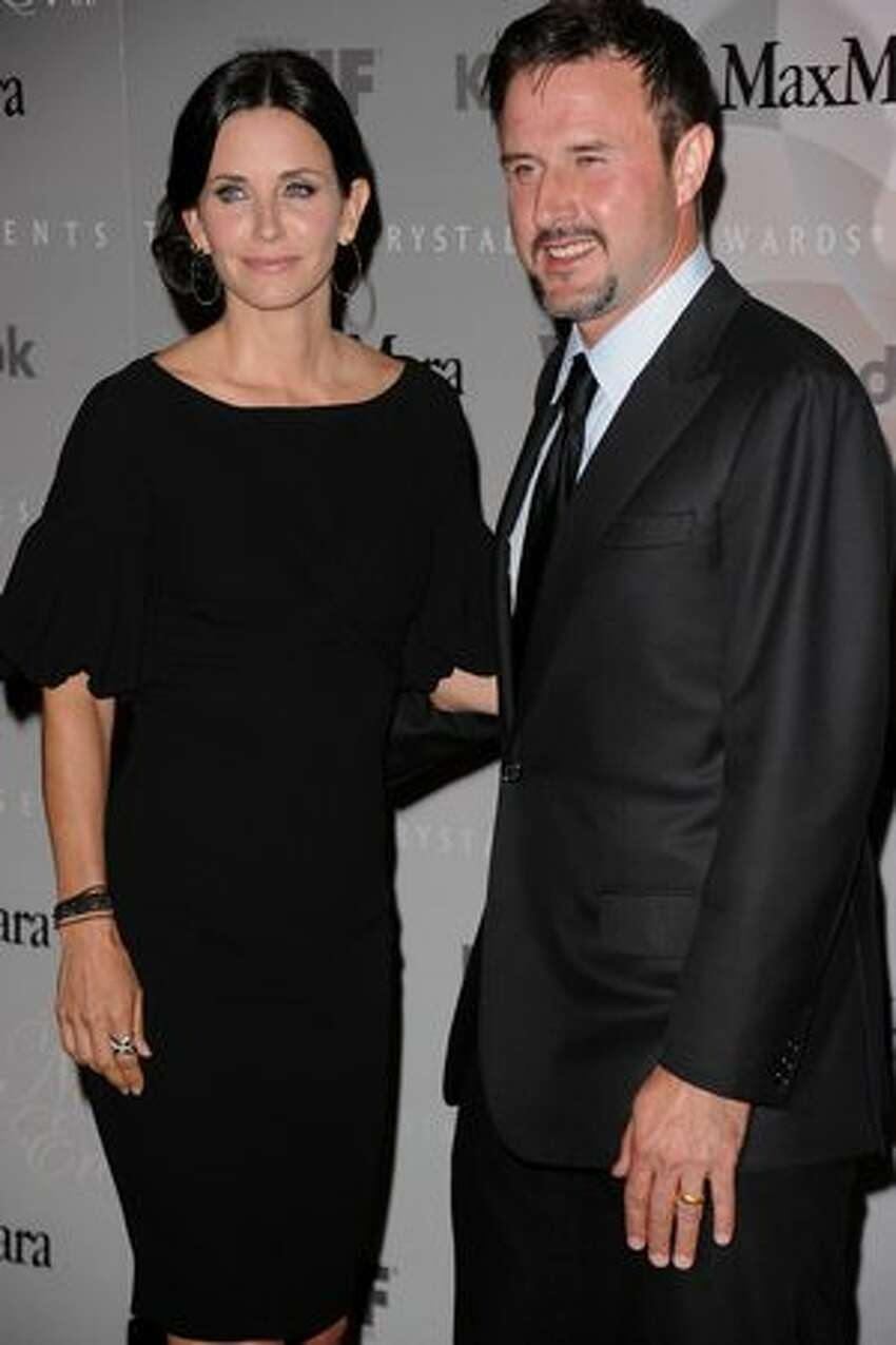 Actors Courteney Cox and David Arquette started dating when they were both filming