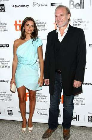 "Actress Penelope Cruz (L) and actor Lluis Homar arrive at the Toronto International Film Festival premiere screening of ""Broken Embraces"" held at the Visa Screening Room at the Elgin Theatre on September 10, 2009 in Toronto, Canada. Photo: Getty Images"