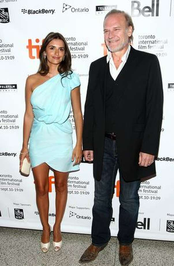 """Actress Penelope Cruz (L) and actor Lluis Homar arrive at the Toronto International Film Festival premiere screening of """"Broken Embraces"""" held at the Visa Screening Room at the Elgin Theatre on September 10, 2009 in Toronto, Canada. Photo: Getty Images"""