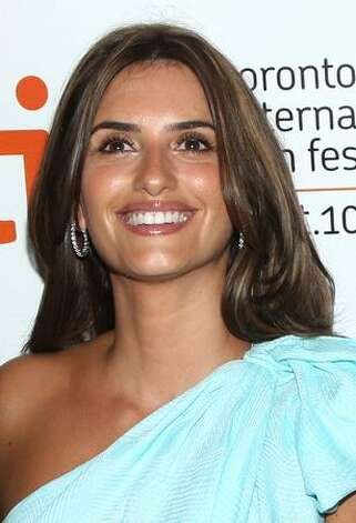 "Actress Penelope Cruz arrives at the Toronto International Film Festival premiere screening of ""Broken Embraces"" held at the Visa Screening Room at the Elgin Theatre on September 10, 2009 in Toronto, Canada. Photo: Getty Images"