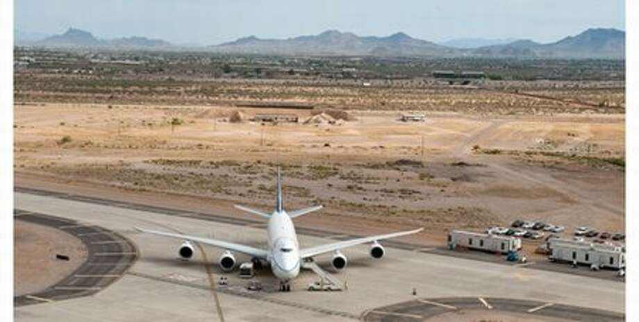 Boeing's third flight-test 747-8, RC522, during ground testing in Arizona, where it experienced temperatures above 105 degrees. Photo: The Boeing Company