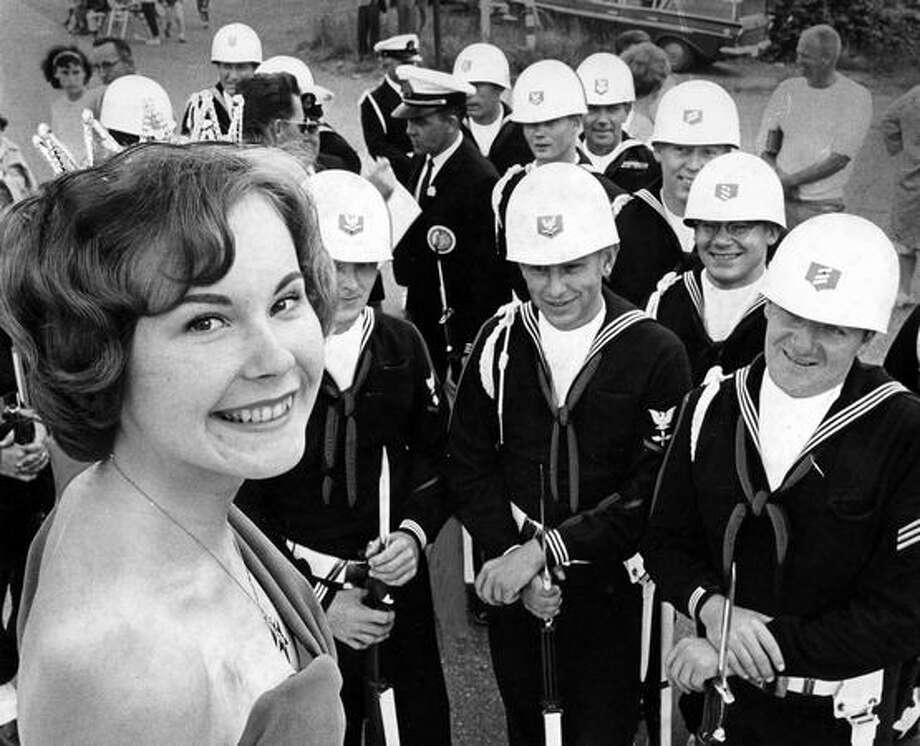 The original P-I photo info read: The 1964 Greenwood Queen with Seabees. Photo: P-I File