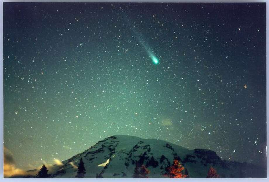 Comet Hyakutake from Paradise, Mount Rainier. Photo: P-I File
