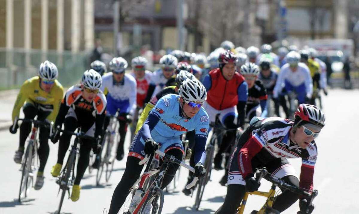 Racers head down 4th Street during the Men's A race of the Tour de Troy on Sunday March 27, 2011 in Troy. ( Philip Kamrass/ Times Union )