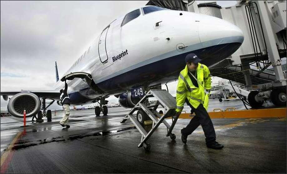 Jetblue Airways Embraer E190 Aircraft Seattlepi Com