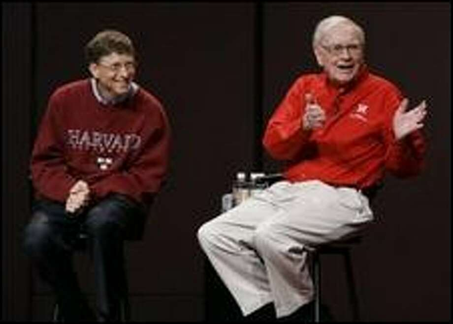 Bill Gates and Warren Buffett Photo: Todd Bishop, Seattle Post-Intelligencer
