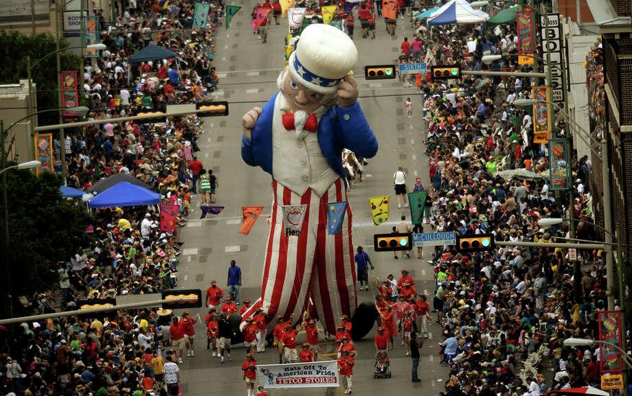 Fiesta Schedule Friday April 15 San Antonio Express News