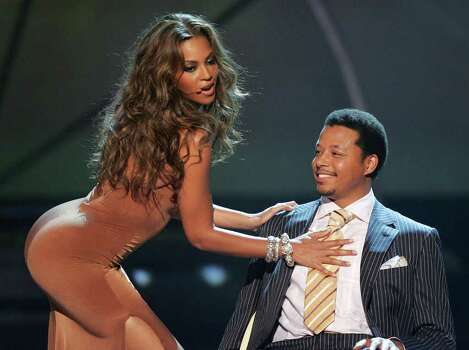 HOLLYWOOD - JUNE 28:  Singer Beyonce Knowles and actor Terrence Howard perform onstage at the BET Awards 05 at the Kodak Theatre on June 28, 2005 in Hollywood, California. Photo: Kevin Winter, Getty Images / 2005 Getty Images