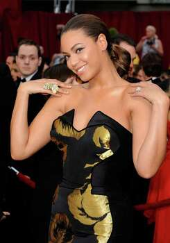 LOS ANGELES, CA - FEBRUARY 22:  Singer/actress Beyonce Knowles arrives at the 81st Annual Academy Awards held at Kodak Theatre on February 22, 2009 in Los Angeles, California.  (Photo by Kevork Djansezian/Getty Images) *** Local Caption *** Beyonce Knowles Photo: Kevork Djansezian, Getty Images / 2009 Getty Images