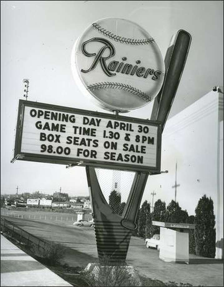Click through the gallery to see the fun, funky, historic Seattle places we miss, and the memories we have of them>>>