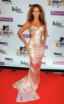 BERLIN - NOVEMBER 05:  Singer Beyonce Knowles arrives for the 2009 MTV Europe Music Awards held at the O2 Arena on November 5, 2009 in Berlin, Germany.  (Photo by Dave M. Benett/Getty Images) *** Local Caption *** Beyonce Knowles Photo: Dave M. Benett, Getty Images / 2009 Getty Images