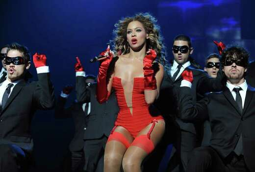BERLIN - NOVEMBER 05:  Singer Beyonce Knowles performs during the 2009 MTV Europe Music Awards held at the O2 Arena on November 5, 2009 in Berlin, Germany.  (Photo by Dave M. Benett/Getty Images) *** Local Caption *** Beyonce Knowles Photo: Dave M. Benett, Getty Images / 2009 Getty Images