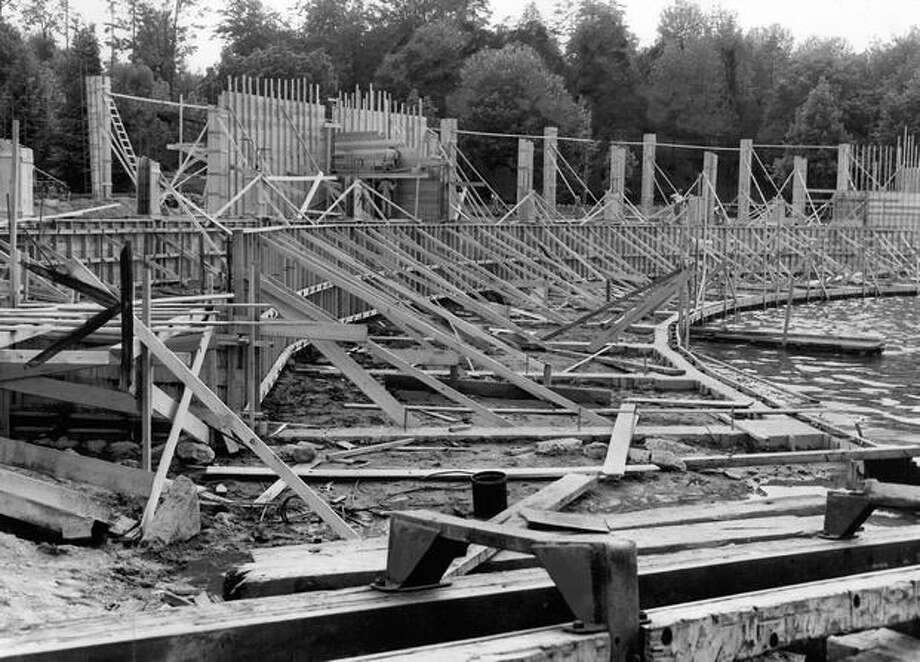 Construction of the Green Lake Aqua Theater in June 1950. It was rushed to finish in mid-August and built for roughly $250,000. Photo: P-I File