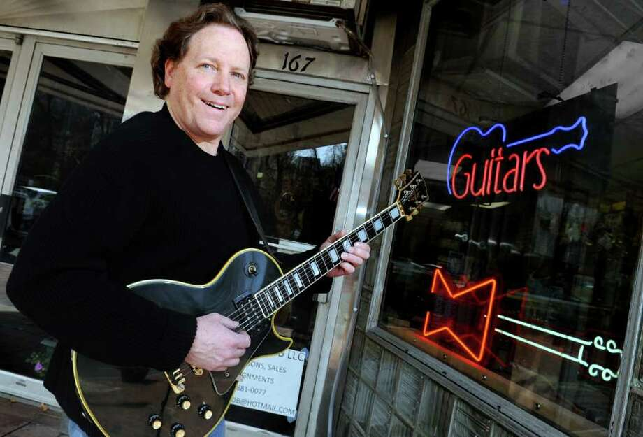 Musician Finds Perfect Chord With Vintage Guitar Shop Connecticut Post