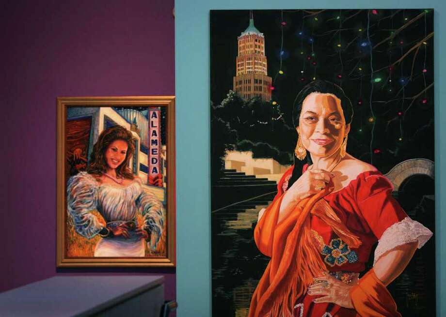 "METRO daily - A painting titled ""Rosita"", right, by Jesse Trevino can be seen next to a painting of Selena, left, by Gilbert Duran at Museo Alameda, scheduled to open this weekend, Wednesday, April 11, 2007.  Photo Bob Owen Photo: Bob Owen, SAN ANTONIO EXPRESS-NEWS / SAN ANTONIO EXPRESS-NEWS"