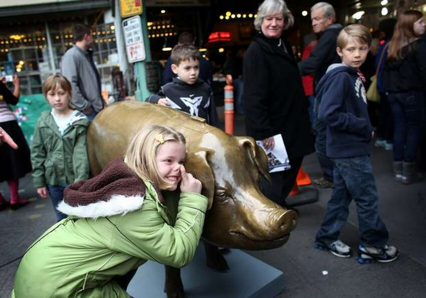 The bronze cast piggy bank more commonly known as Rachel, an icon at Pike Place Market, was based as an outdoor bronze sculpture in 1986 as the Market's foundation piggy bank. Annually, Rachel takes in around $9,000 in currency from across the globe, all of which funds the market's social services.