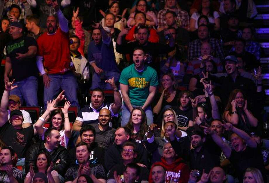 Fans cheer during UFC Fight Night Live. Photo: Joshua Trujillo, Seattlepi.com / seattlepi.com