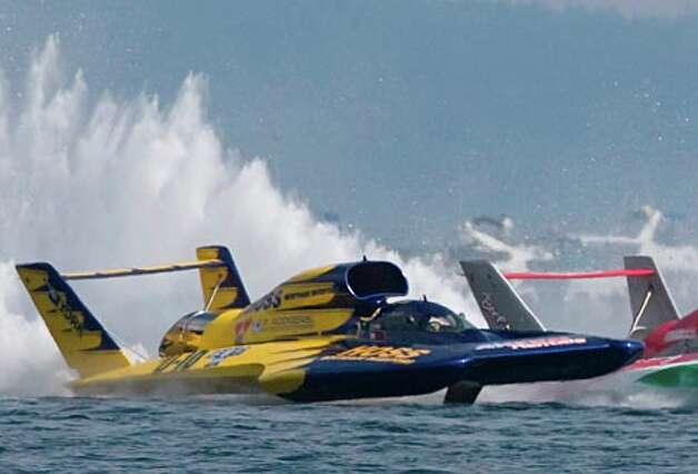 Hydroplane races at the Seafair on Aug. 4, 2008. (Jim Bryant / Seattle P-I)