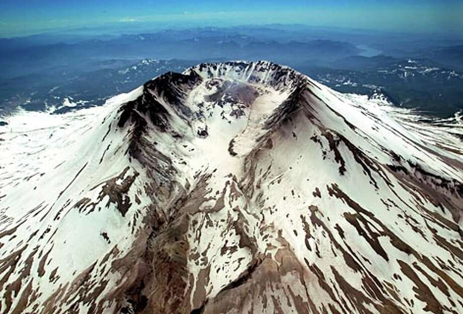 Aerial photographs show inside the crater of Mount St. Helens on Wednesday May 17, 2006. (Scott Eklund / Seattle P-I)