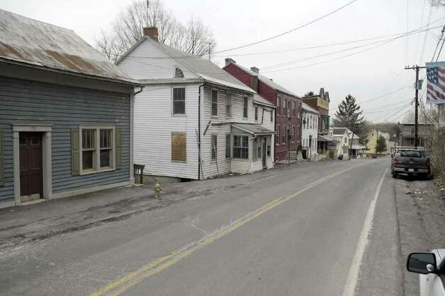 A view looking down along Main Street on Thursday, March 31, 2011, in Coeymans, NY.  Coeymans has had a decline in population. (Paul Buckowski / Times Union) Photo: Paul Buckowski / 00012595A