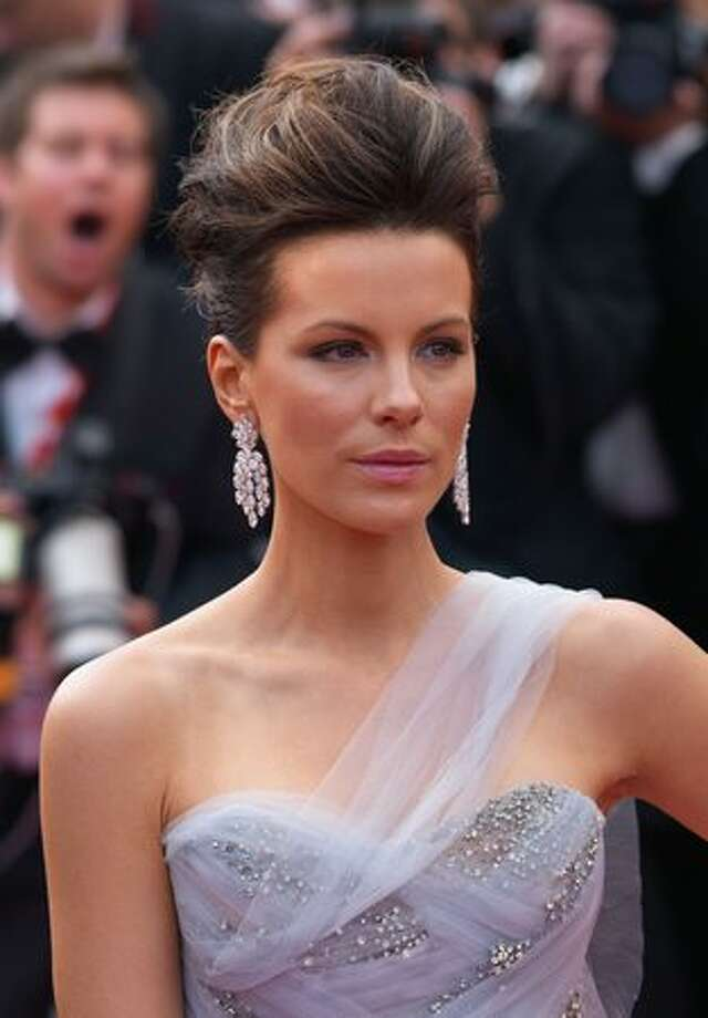 Kate Beckinsale attends the 'Robin Hood' premiere at the Palais des Festivals during the 63rd Annual Cannes International Film Festival in Cannes, France. Photo: Getty Images / Getty Images