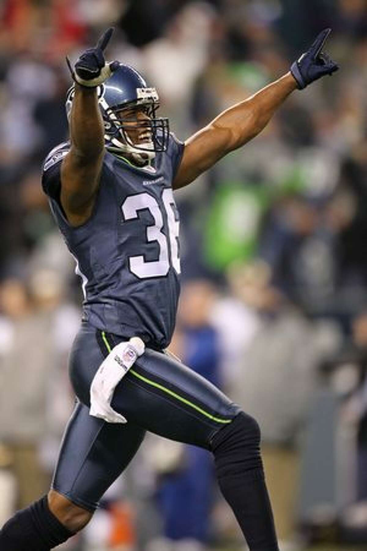 Lawyer Milloy: Lincoln High School (Tacoma). College: University of Washington Milloy was a star safety from 1996 to 2010 for teams including the New England Patriots, Buffalo Bills, Atlanta Falcons and Seattle Seahawks. Career highlights: Super Bowl champion: 2001 4x Pro Bowl: 1998, 1999, 2001, 2002 First team All-Pro: 1999 Second team All-Pro New England Patriots All-1990s Team New England Patriots All-2000s Team