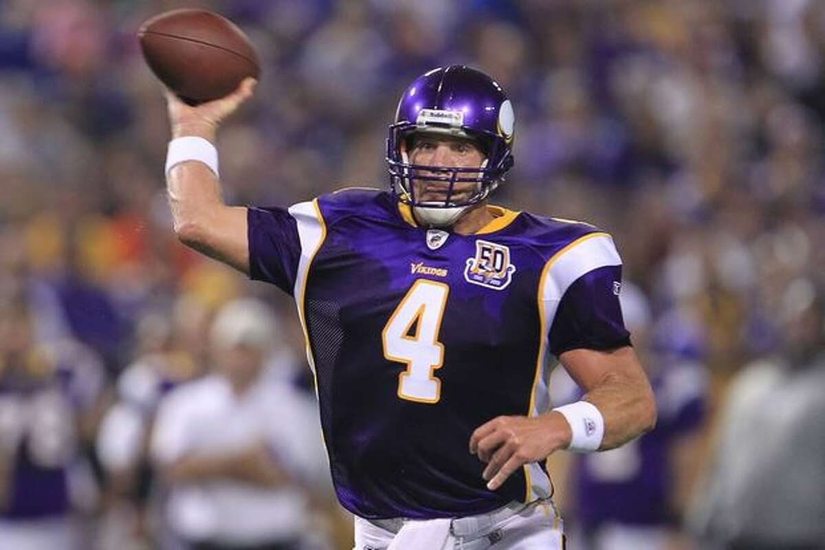 MINNEAPOLIS - AUGUST 28: Brett Favre #4 of the Minnesota Vikings throws a pass against the Seahawks during a preseason NFL game at Mall of America Field at the Hubert H. Humphrey Metrodome on August 28, 2010 in Minneapolis, Minnesota.