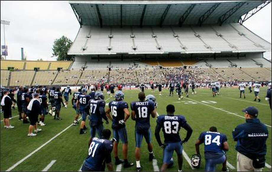Fans were invited to a Seattle Seahawks special training camp day at Husky Stadium at the University of Washington in Seattle on Wednesday, August 8, 2007. Photo: Dan DeLong, Seattle Post-Intelligencer / Seattle Post-Intelligencer